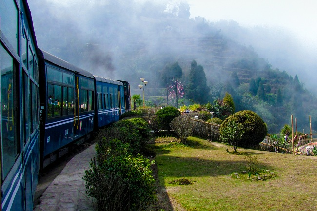 darjeeling tour packages from bangalore